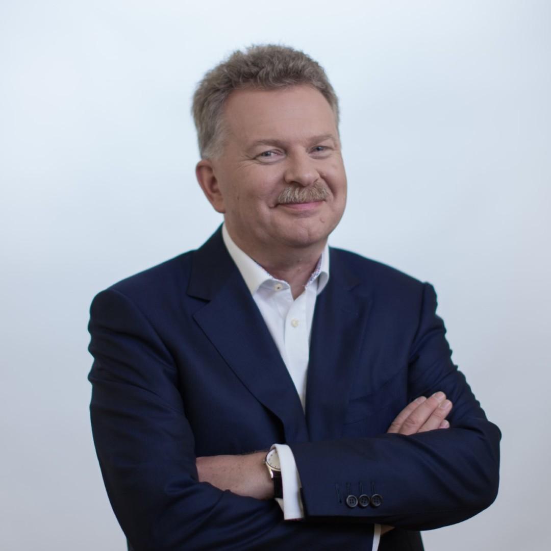 Nigel Spence KMCS